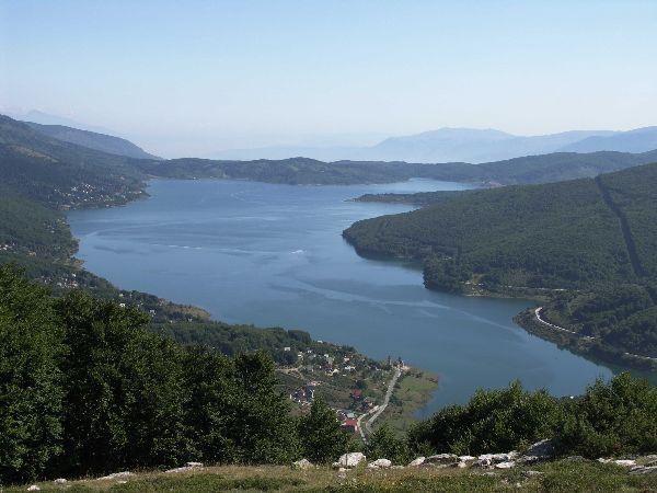 Mavrovské přehradní jezero