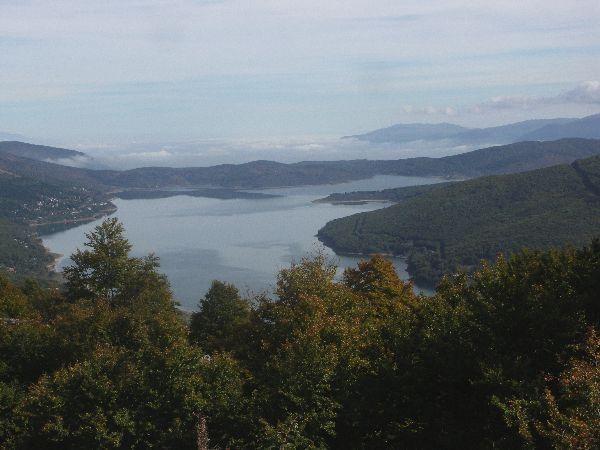 Mavrovské jezero
