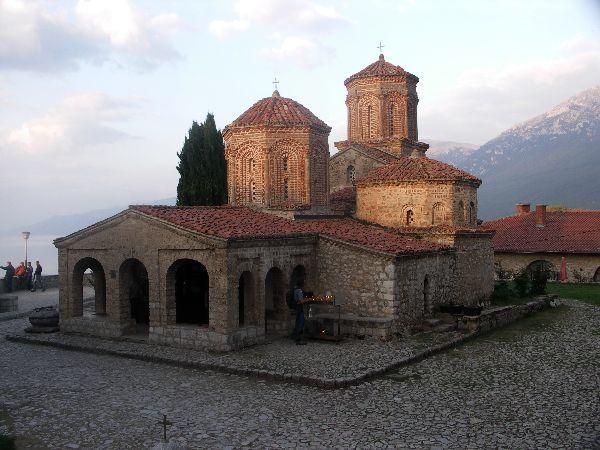 Proslulý klášter SV. NAUM z 10. stol.