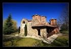 klášterní prostor Veljuše s kostelem