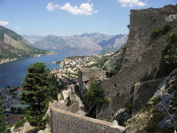 Hradby benátské pevnosti nad Kotorem