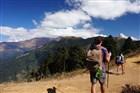 Trek na Poonhill (3 2000m) nabízí kromě masivu Annapurny například i výhled na 7. nejvyšší horu světa Dhaulágirí (8 167m)