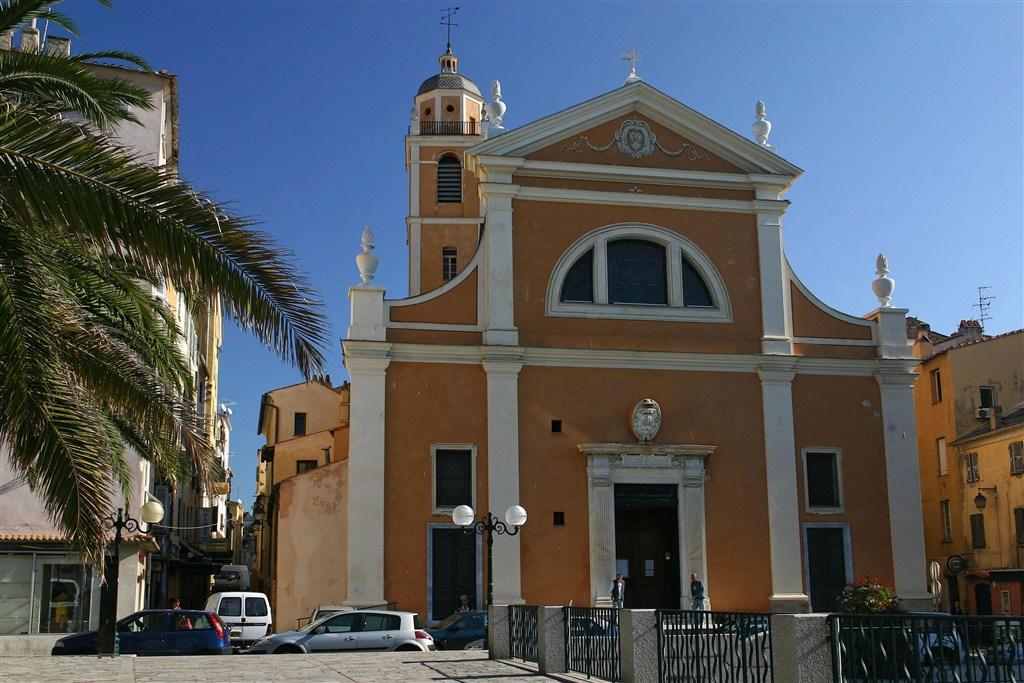 Katedrála v Ajaccio, rodišti Napoleona.