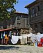 Bulharsko - Nesebar - dřevěné domky na tržišti
