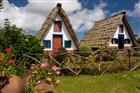 """Madeira - tradiční domy""""palheiros"""""""