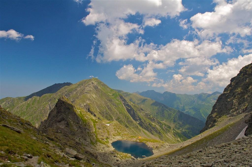Rumunsko - pohoří Fagaraš - jezero Caltun