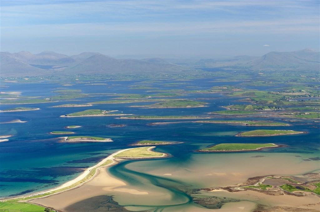 Irsko - pohled na Westport Bay