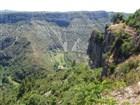 Jiží Francie - 400 metrů hluboký přírodní kotel CIRQUE DE NAVACELLES.