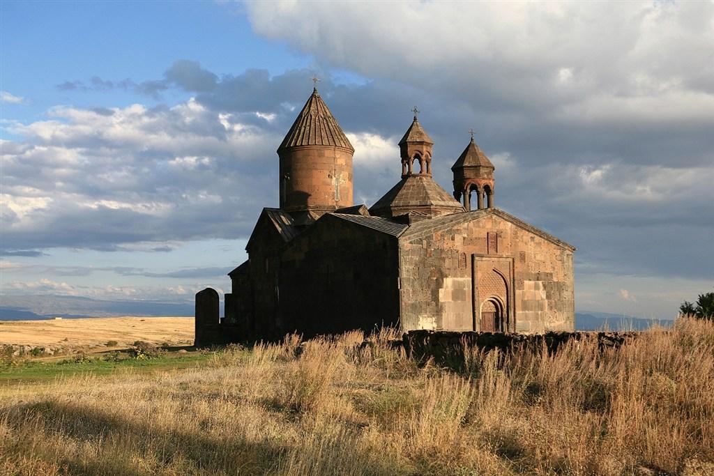 klášter Sagmosavank - Arménie