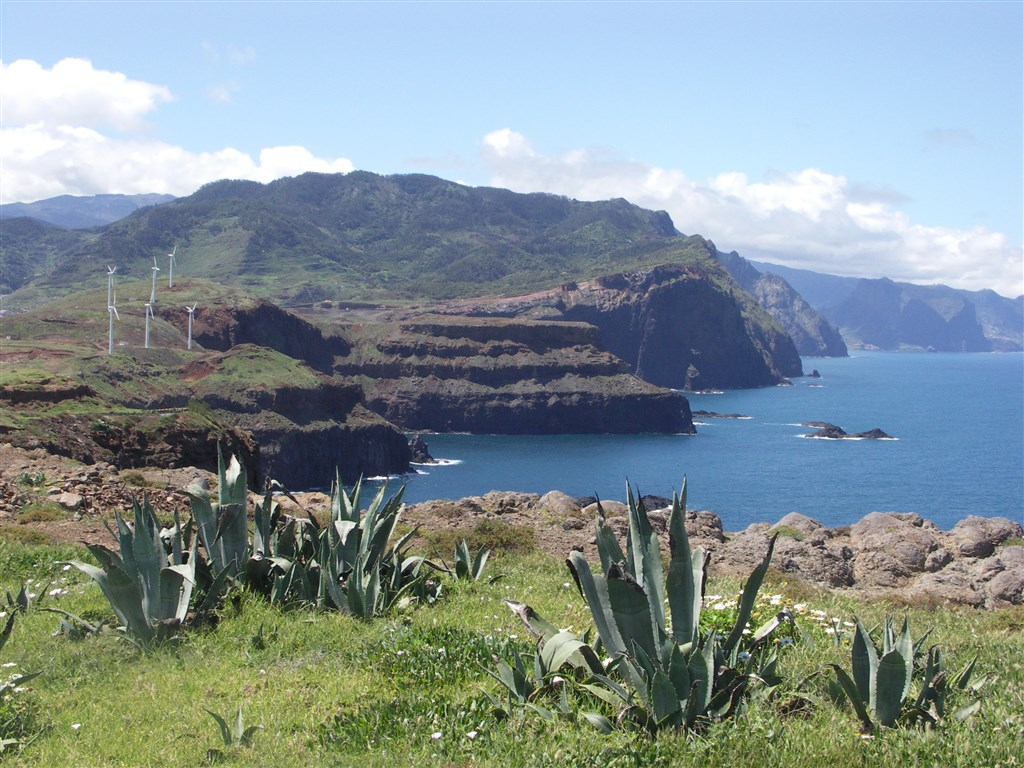 Madeira - pohled z PONTA DE SAO LOURENCO