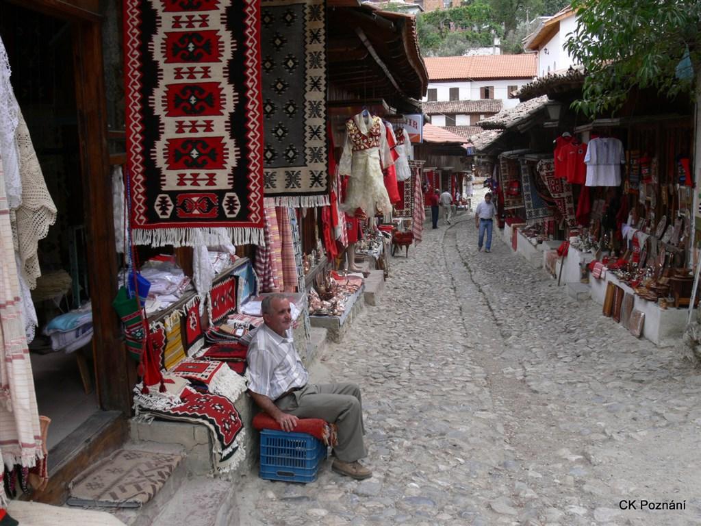 Albánie - Starý Bazar v Kruji