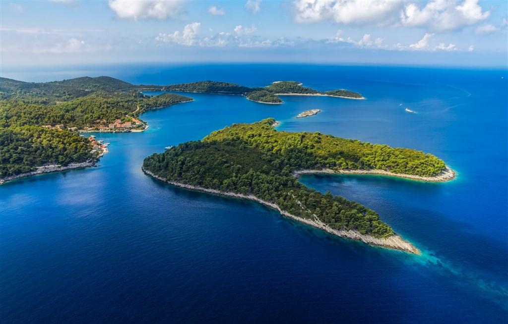 ostrov Miljet - letecký pohledn na národní park