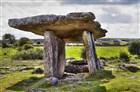 Irsko - Burren - dolmen